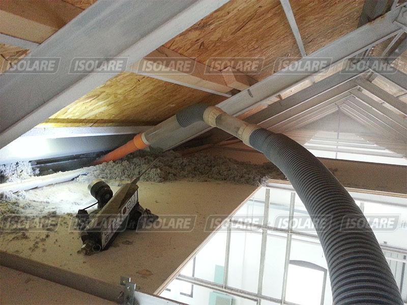 Coibentazione vecchio canapificio a treviso for Tettoia inclinata del tetto