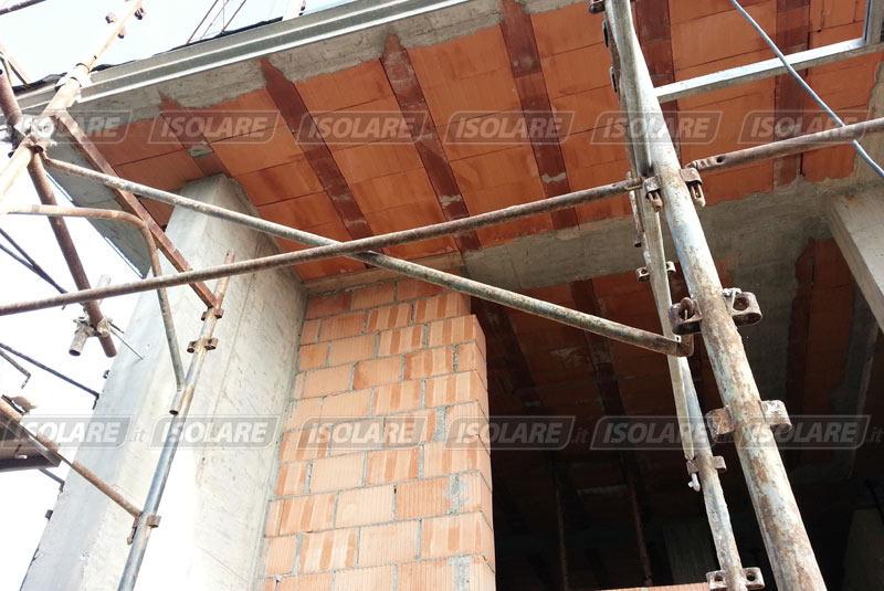 Scuola dell 39 infanzia graziano appiani a treviso - Isolare il tetto dall interno ...